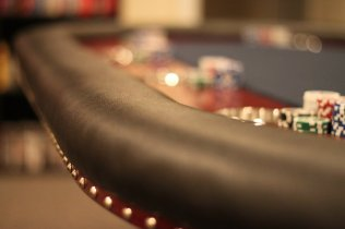 poker_tables_04