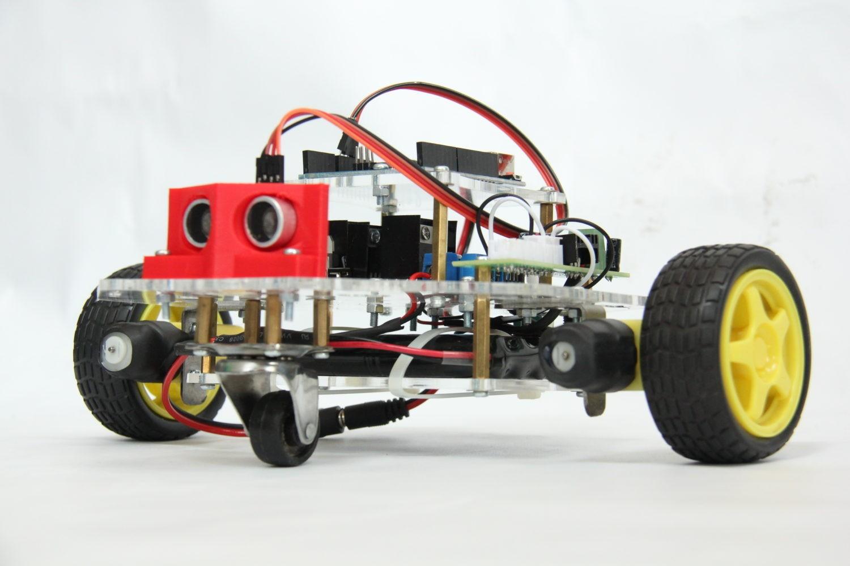 This Week in Making: iPhone 7 Headphone Hacks, 3D Printed Homes, and Lego Engineering