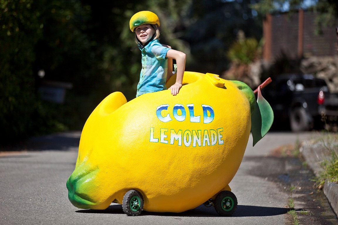 """This Lemonade """"Stand"""" Is a Giant Drivable Lemon"""