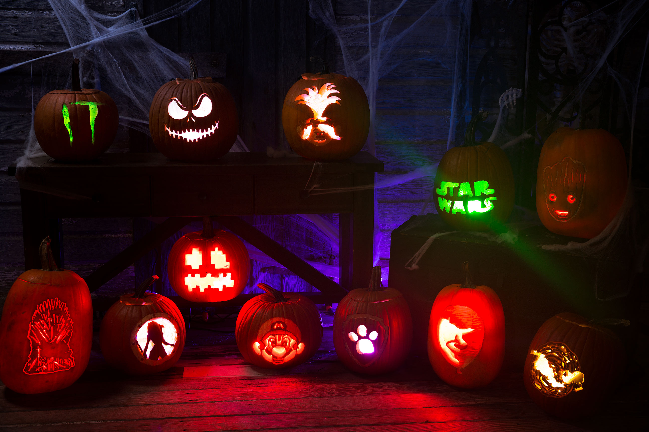 This Week in Making: Geeky Pumpkins, DIY Video Game Console, and Halloween Projects