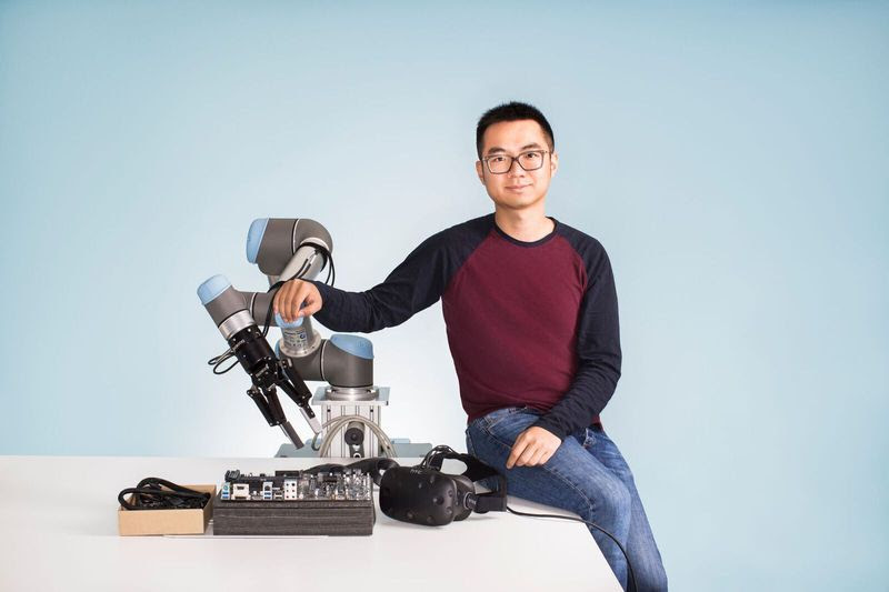 Maker Pro News: Multi-Tasking Robots, Making that Matters, the Amazon Apparatus, and More