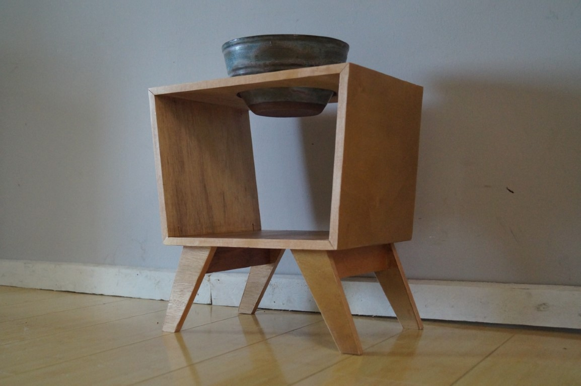 Making A Mid Century Modern Dog Bowl Stand