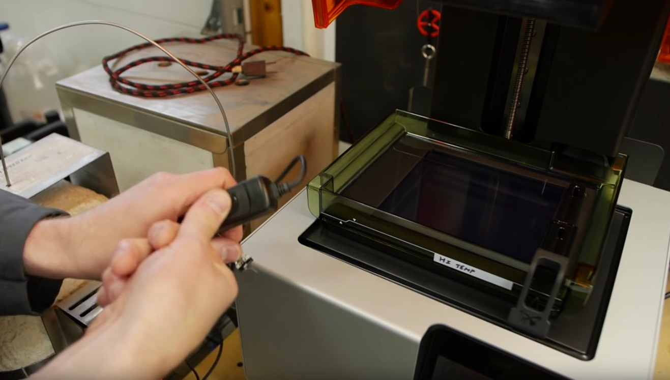 Tips of the Week: Planer Grain, 3D Printing Time-Lapse, Molding Tips, and Labeling Shop Liquids