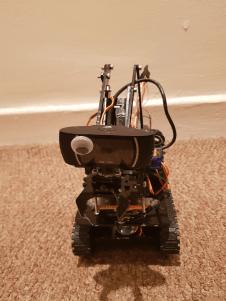 Deirdre is a speedy tank bot built by Unacceptableuse.