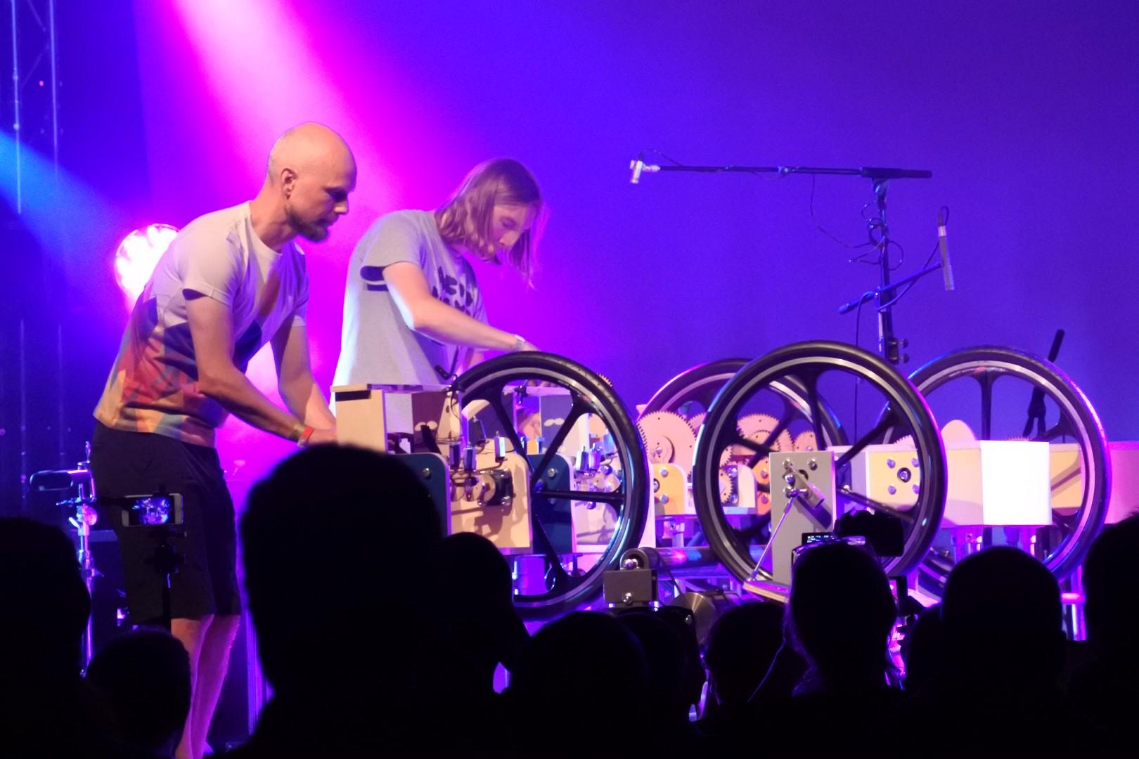 Modular Mechanical Music with Mammoth Beats