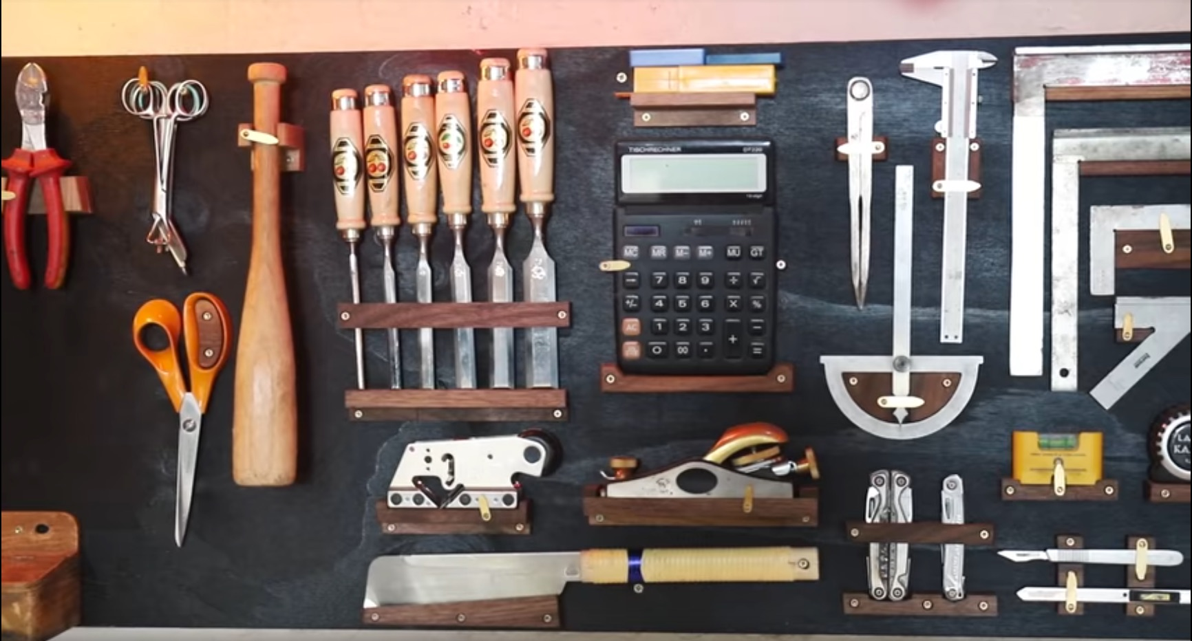 Planning and Building Your Own Custom Tool Wall