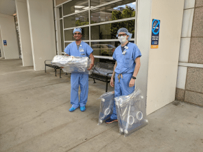 Doctors at Emory Hospital Midtown receiving the intubation units.