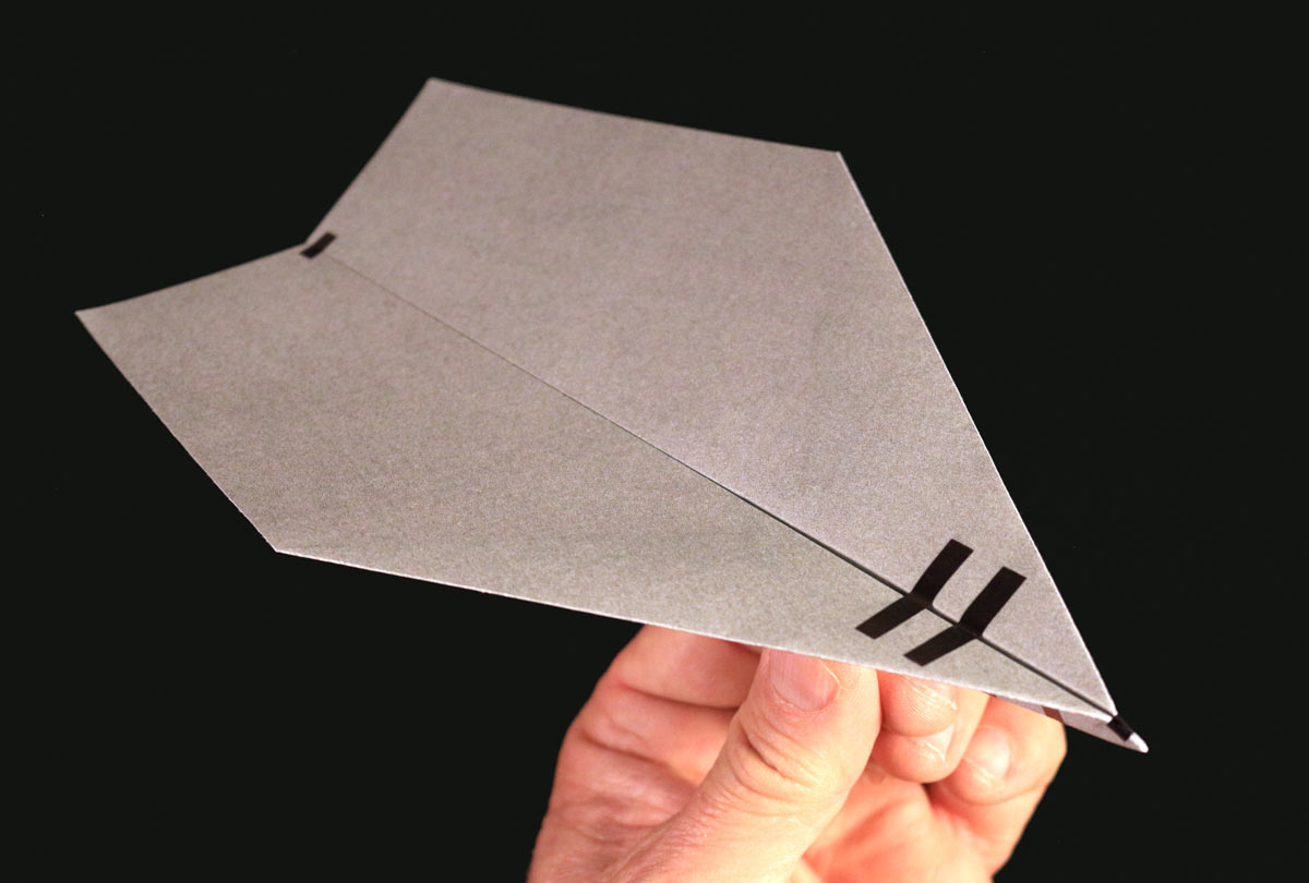 16 Designs /& 48 Fold-up Planes Record Breaking Paper Airplanes Kit Longest-Flying Planes in the World! Kit with Book Make Paper Planes Based on the Fastest