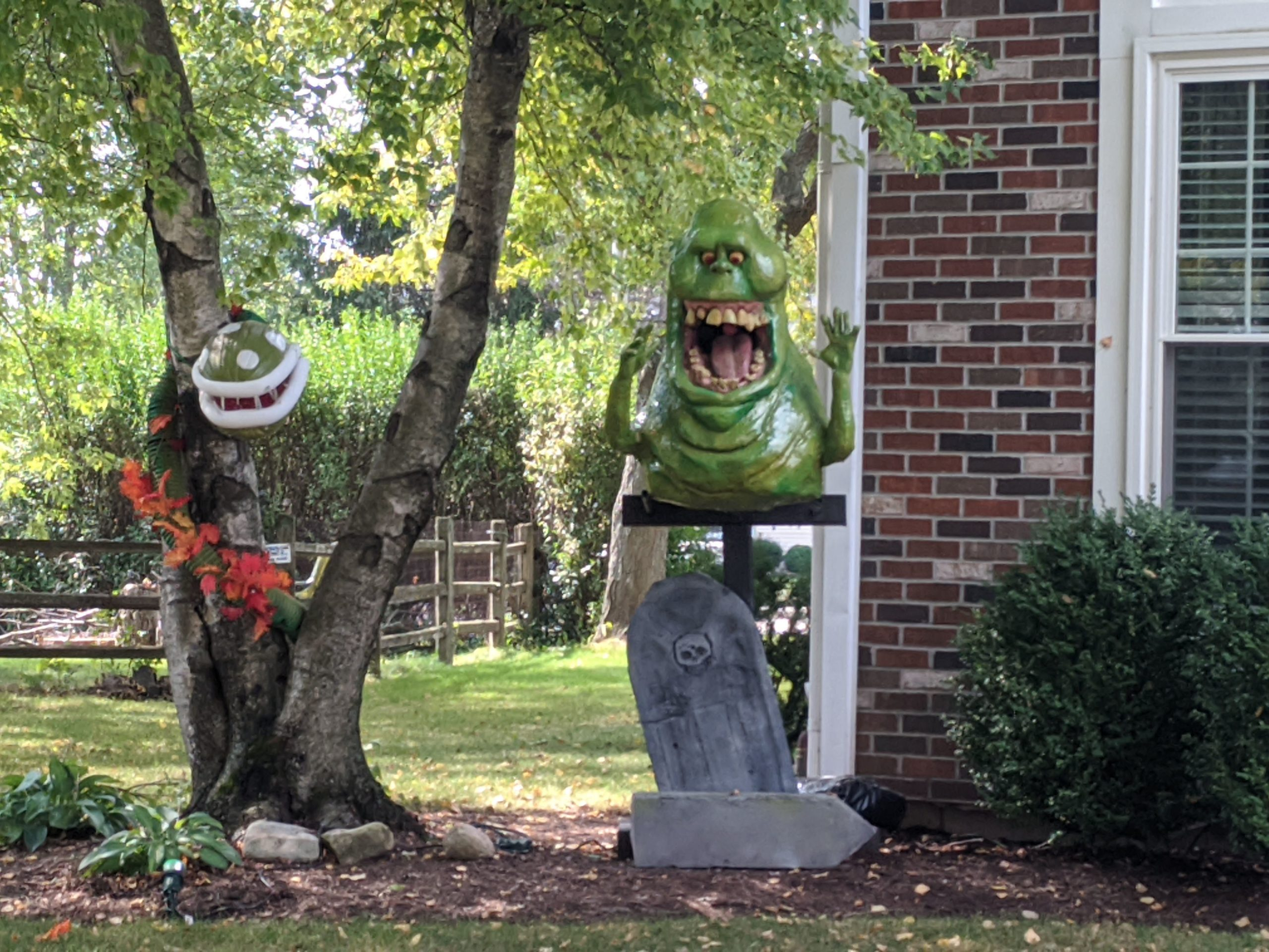 Sculpting A Life Sized Ghost Busters' Slimer For Halloween