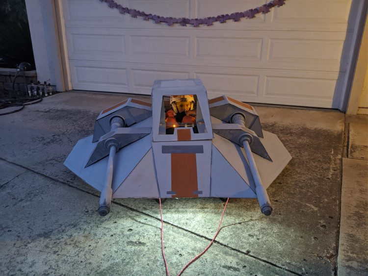 """Announcing The Winners Of Our """"May The 4th"""" Cosplay and Droid Contest"""