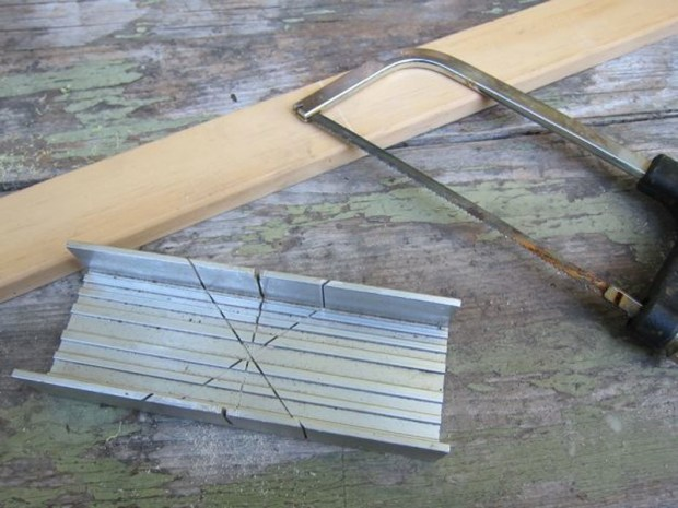 Make Straight Wood Cuts with a Miter Box
