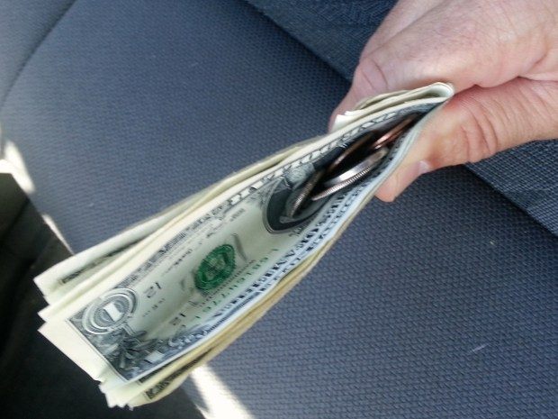 Currency Manager Tip for Drive-up Windows