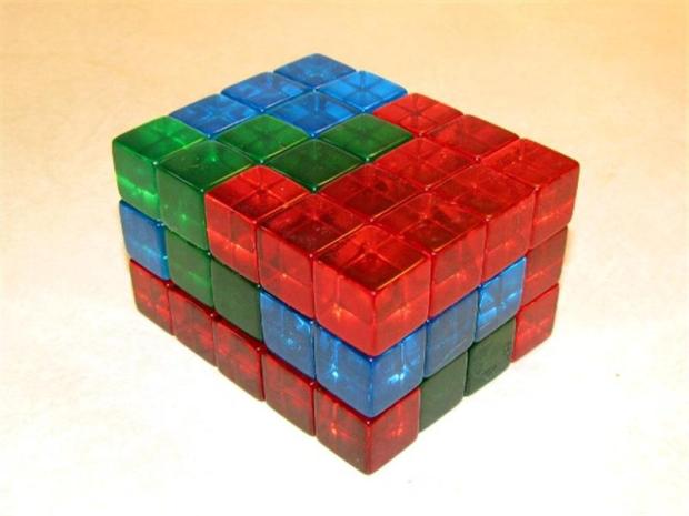 Polycube Puzzles from Dice