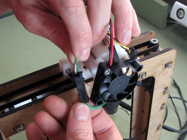 The MakerGear Mosaic 3D Printer – Part V: The Extruder