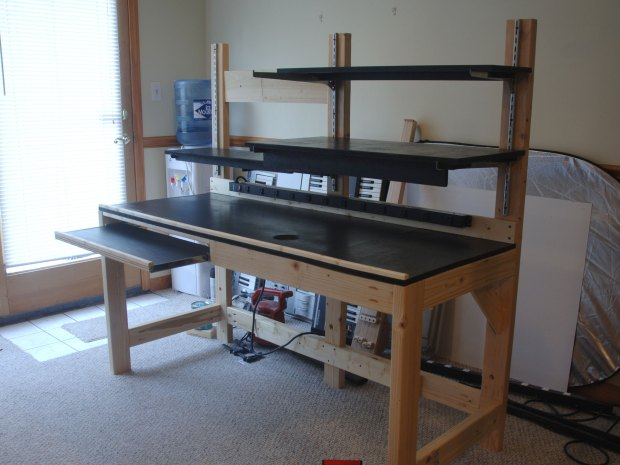 Turning Scrap Wood into a Really Useful Workbench