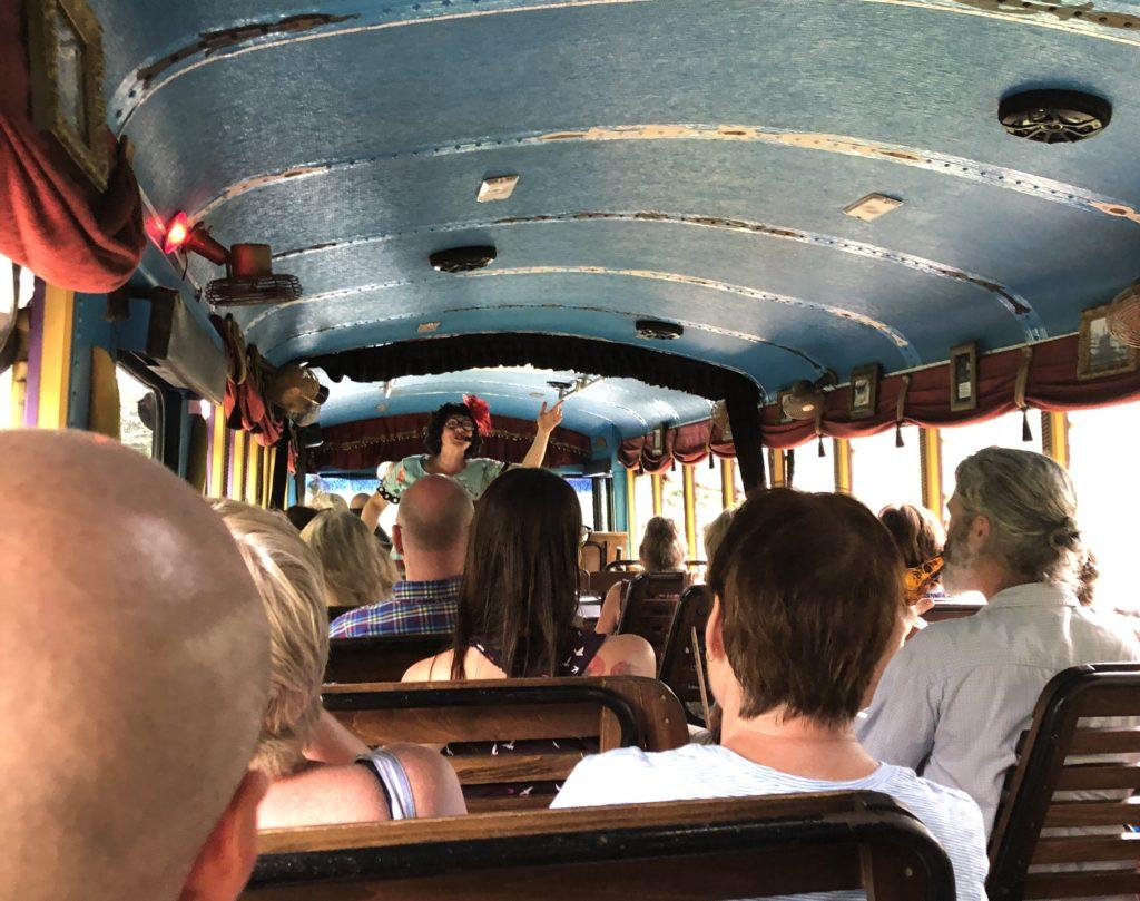 LaZoom Comedy Bus