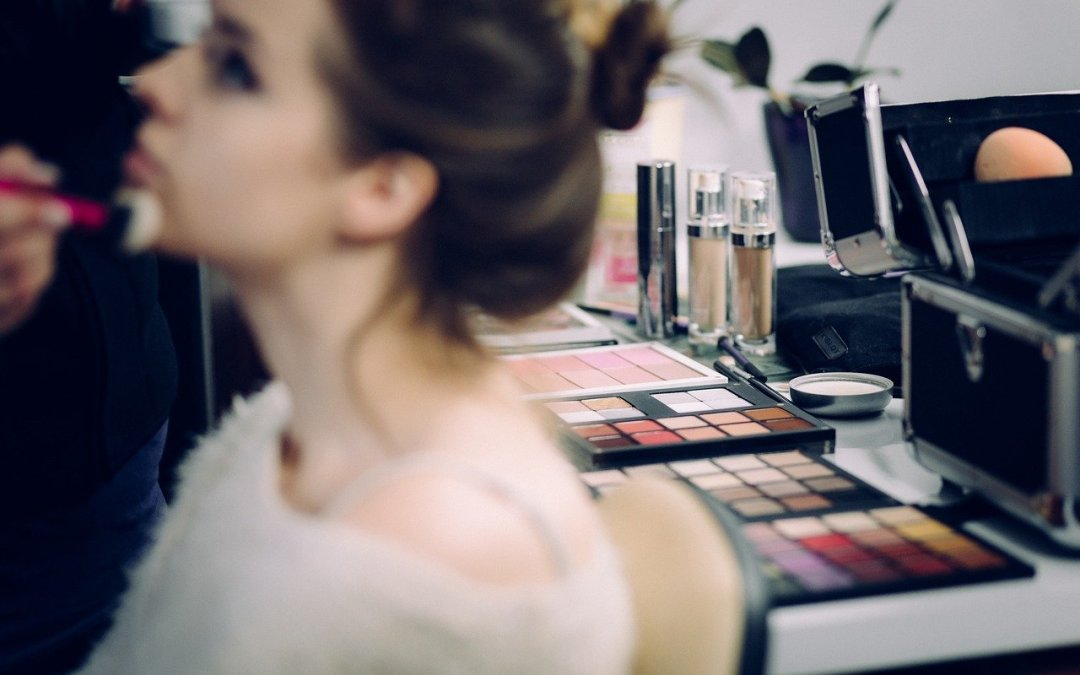 5 Great Reasons To Get A Makeover In Midlife