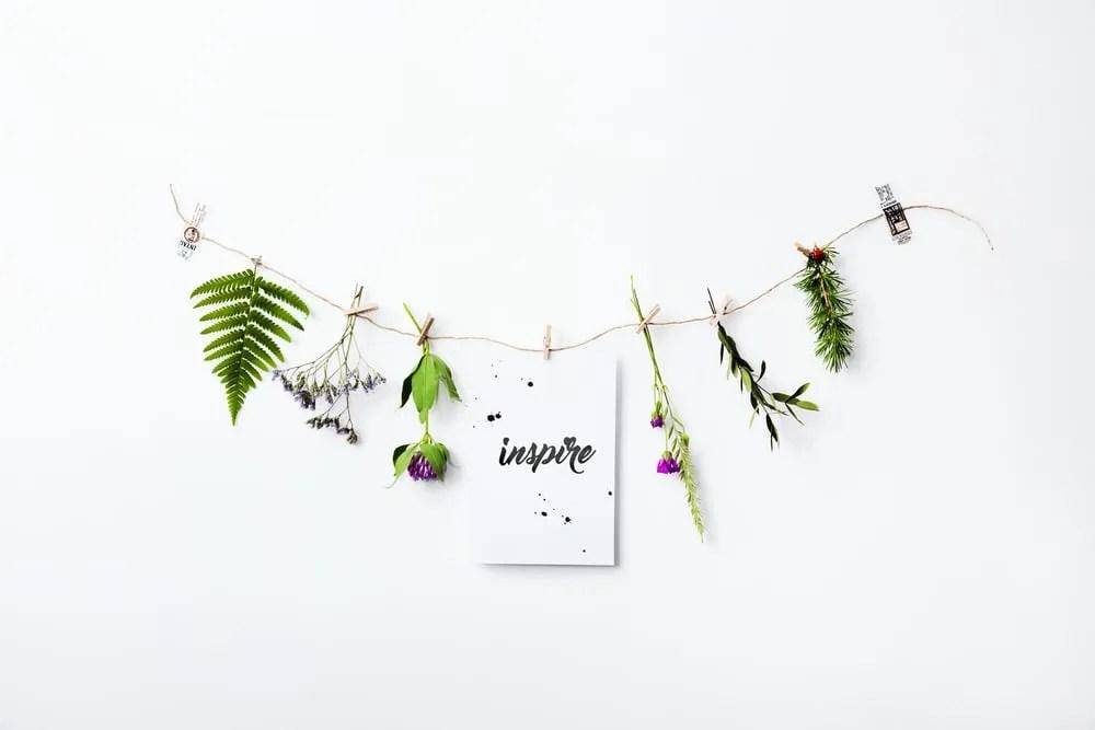 10 Inspiring Positive Affirmation Gifts Under $10