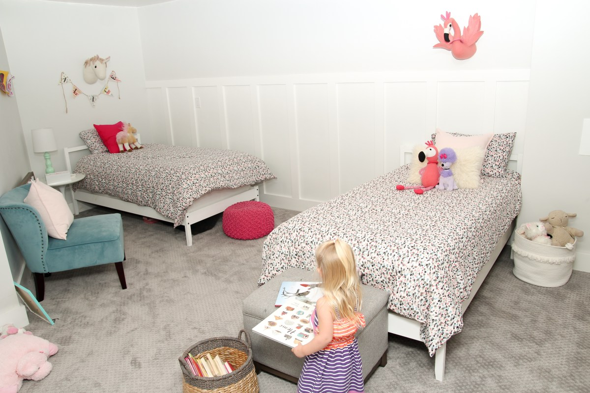 Teenage Rooms: Pretty In Pink Shared Girls Bedroom: One Room Challenge