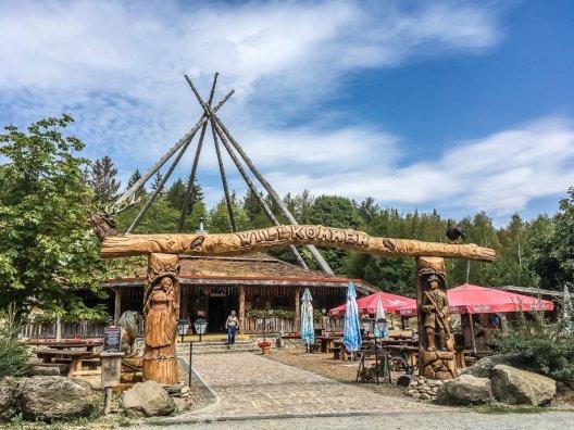schöne Outdoor-Gaststätte an der Köhlerei Stemberghaus bei Hasselfelde