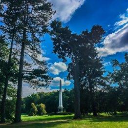 Obelisk im Landschaftspark Degenershausen