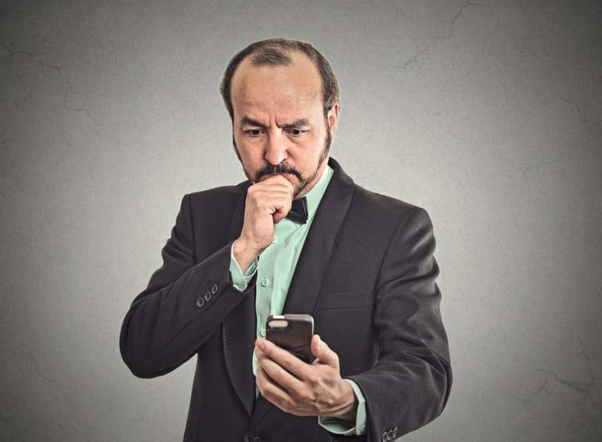 Should a man always text first?
