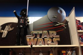 0291 - Star Wars is finally in Disney Stores!