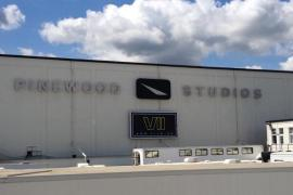 VII - Rumor: Man witnesses Star Wars: Episode VII filming from Black Park outside Pinewood Studios?