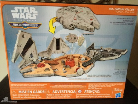 star-wars-the-force-awakens-millennium-falcon-micromachines-playset-080615-002-2