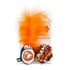 STAR WARS BB-8™ bobble and crackle ball cat toys 4.99 (Image 1)