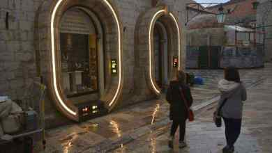 Photo of The Star Wars: Episode VIII Dubrovnik set has gone neon