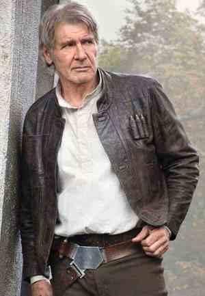 Star Wars: Episode VIII & Poe's Clothes description plus info on the Dern/Leia situation