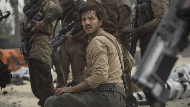 Rogue One: A Star Wars Story Cassian Andor (Diego Luna) Ph: Jonathan Olley �Lucasfilm LFL 2016.