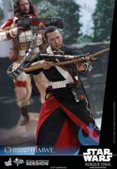 star-wars-rogue-one-chirrut-imwe-sixth-scale-hot-toys-902913-02