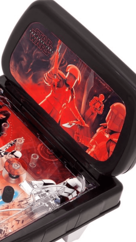 New hi-res images from Star Wars: The Last Jedi pinball machine