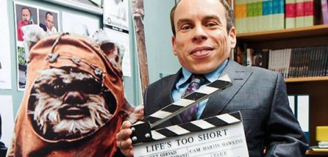 A rumor regarding what Warwick Davis is playing in the untitled Han Solo Star Wars story!