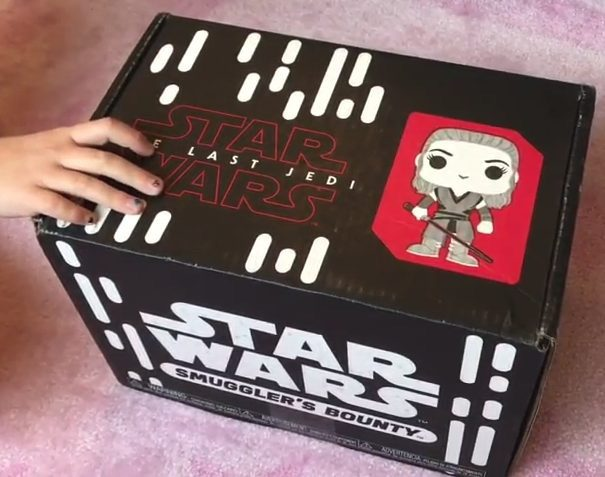 Funko SB - Celebrate Star Wars The Last Jedi with Funko Smuggler's Bounty Unboxing!