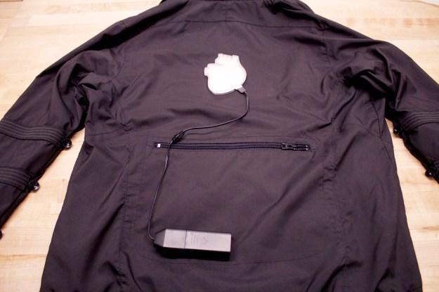 Heart Jacket Process 08 - Attach