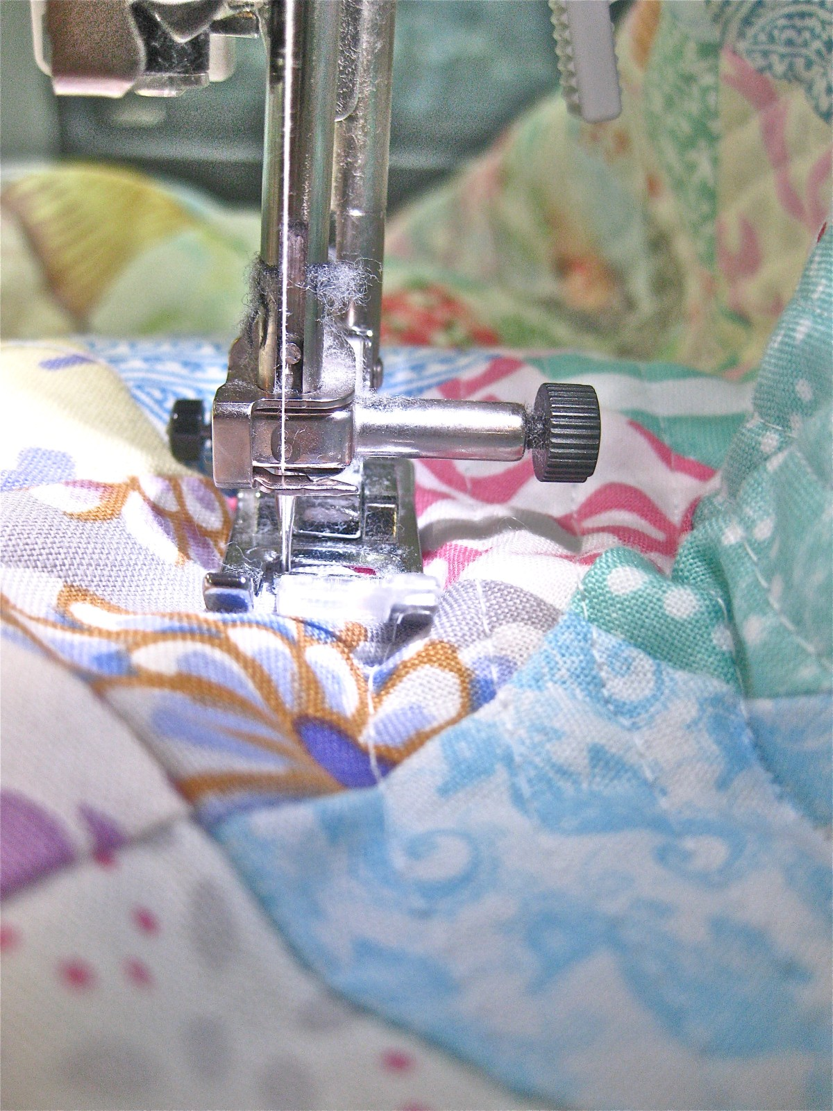 DIY Queen sized chenille quilt - sewing lines