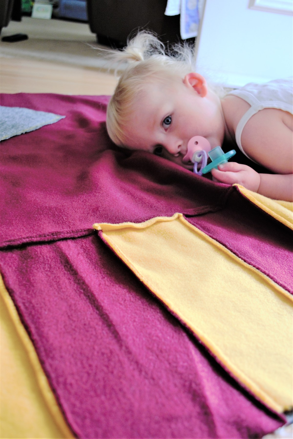 How to Make a Reversible Hooded Baby Blanket