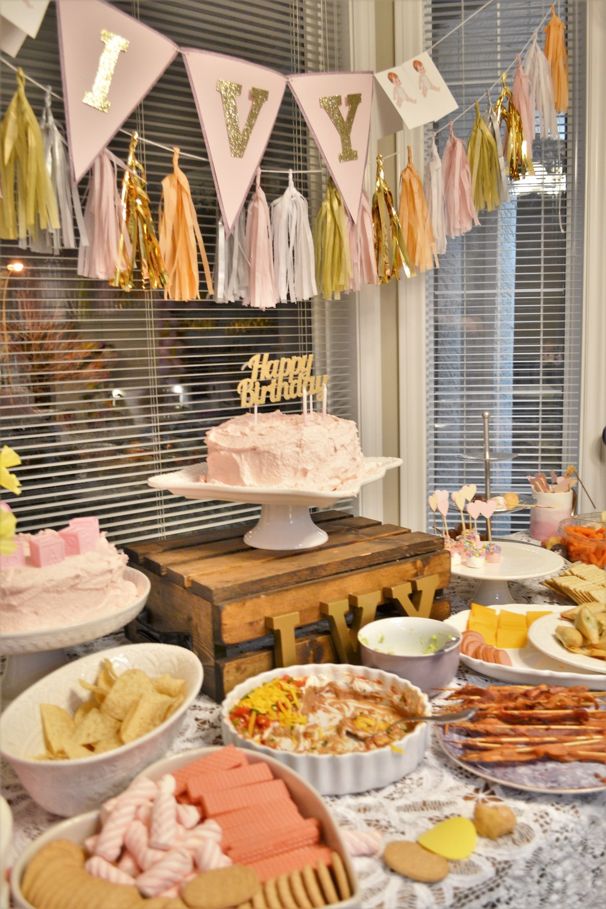 Baby Doll Party Theme - cake