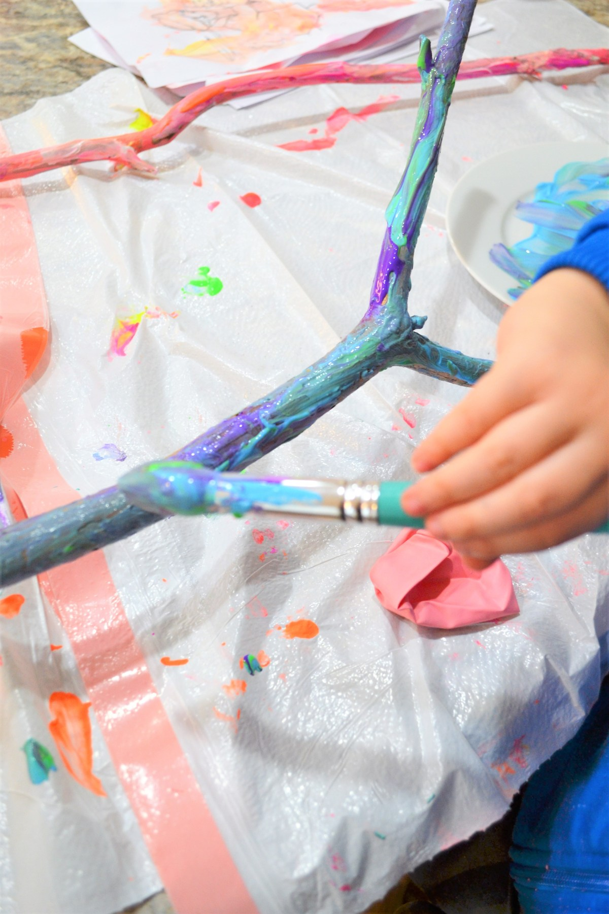 Crafts for kids - Painted Sticks! - blue green