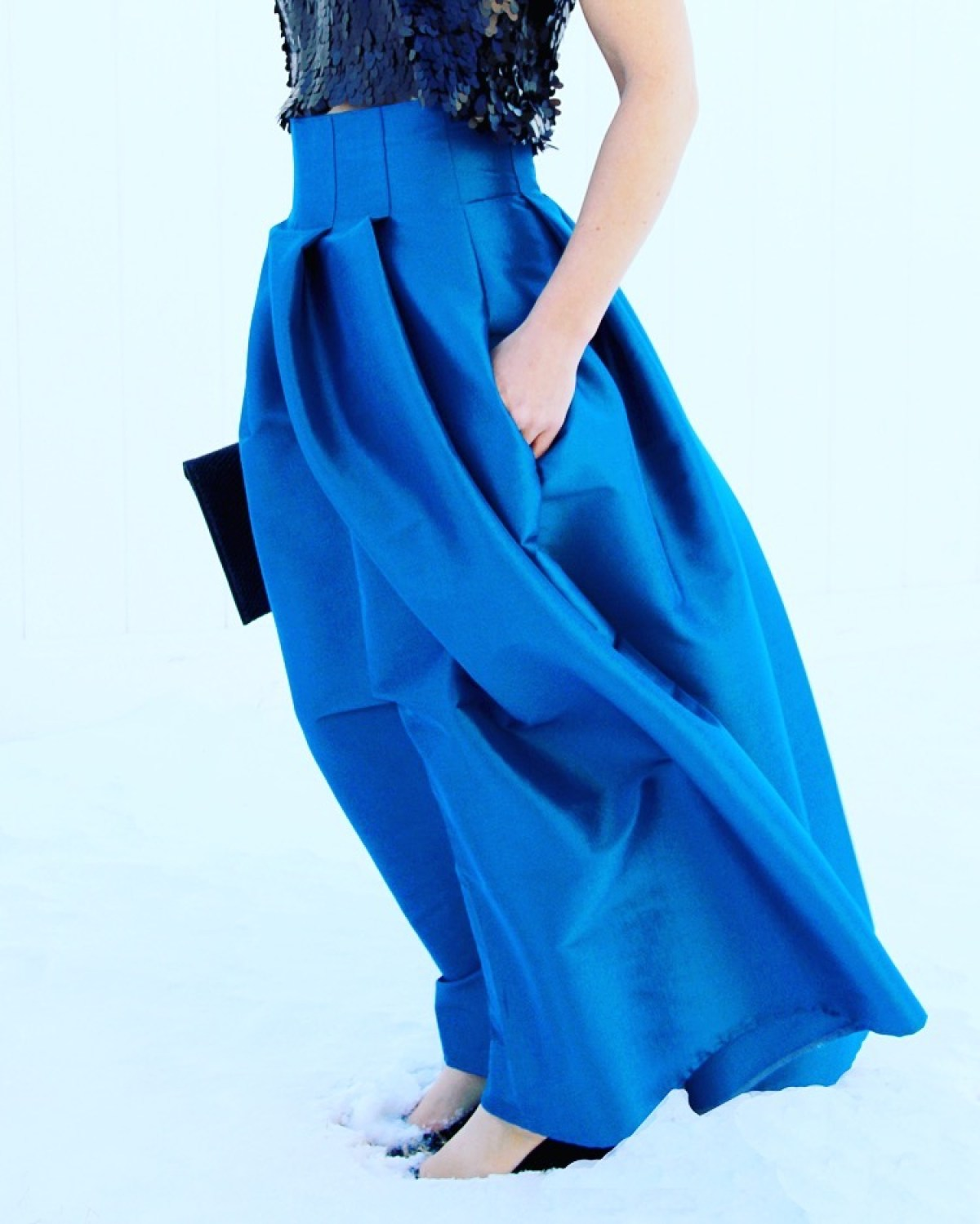 10 Free DIY Skirt Sewing Patterns - Wedding Guest Friendly Skirts! - Top Stitched Pleat Maxi Skirt DIY - from Me Sew Crazy