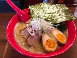 らーめんてつやの特製味噌ラーメン970円