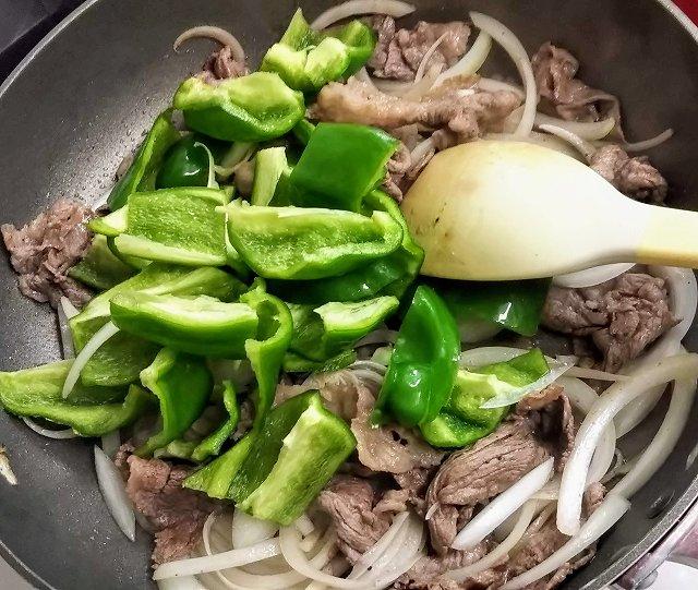牛肉ピーマン簡単レシピ