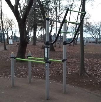 懸垂器具・平行棒