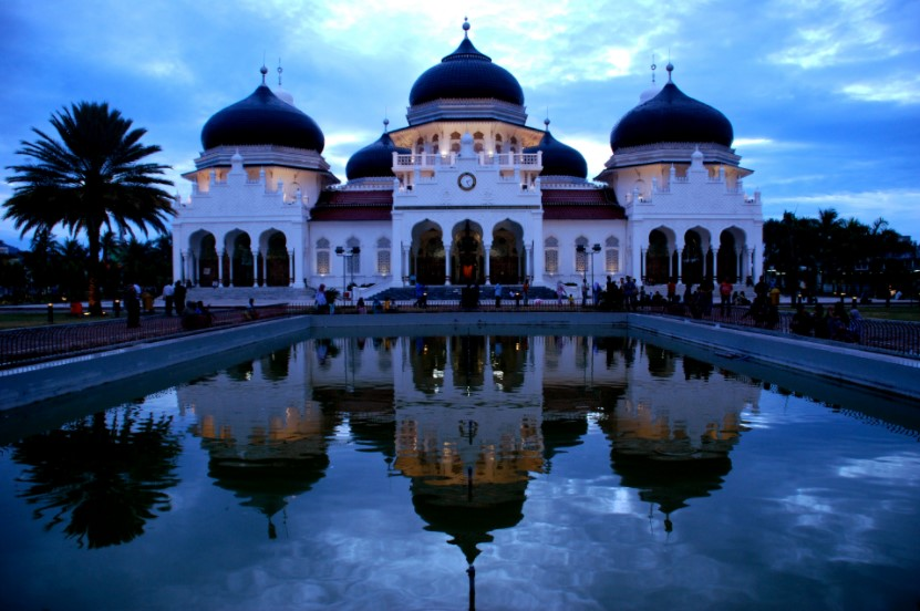 suasana masjid baiturrahman aceh