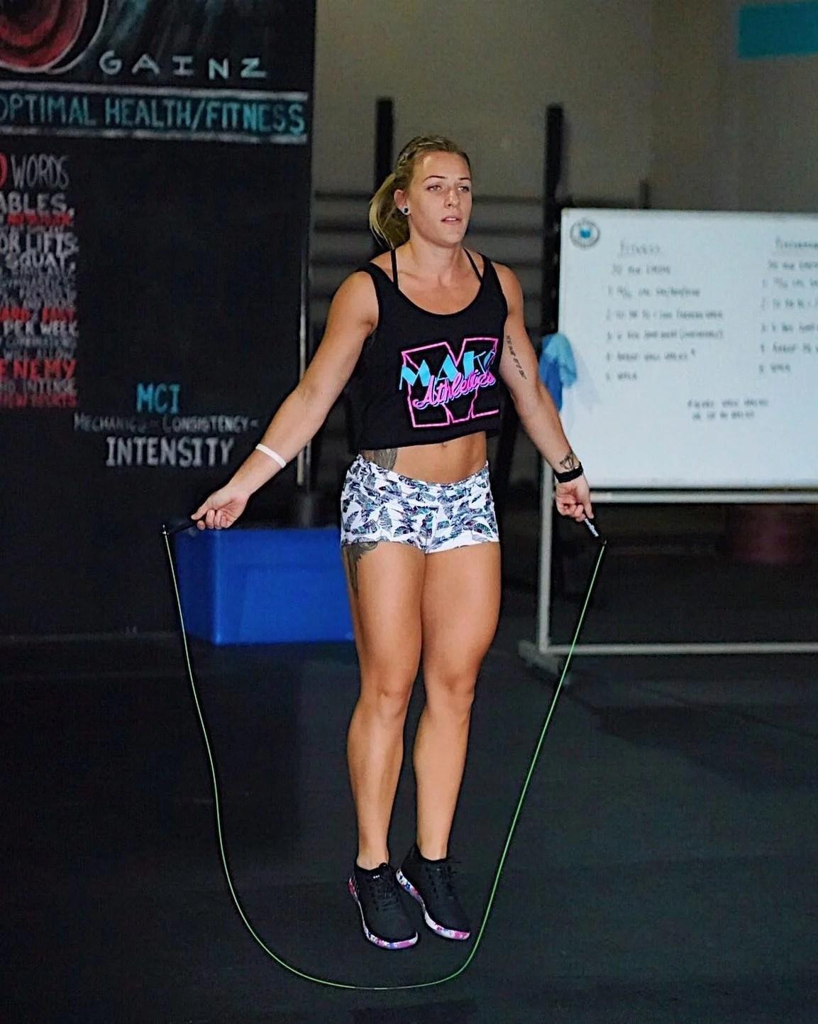 athlete-jumping-roping