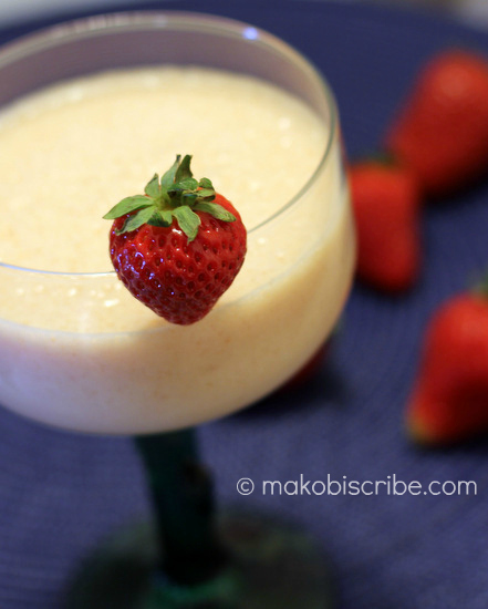 strawberry smoothie drink recipe