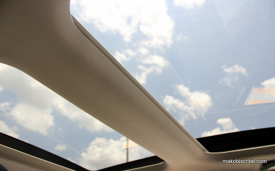 Dual Sunroofs